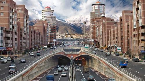 iran_tehran_road_building