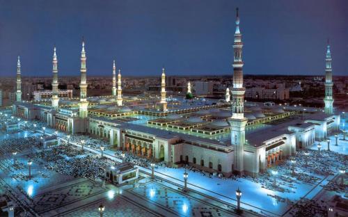 The-most-beautiful-mosques-in-the-world-Masjid-Al-Nabawi-Medinah-Saudi-Arabia-HD-Wallpaper-1920x120