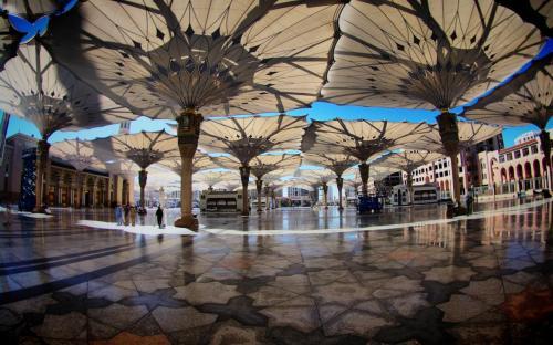 saudi arabia square umbrellas 13744 3840x2400