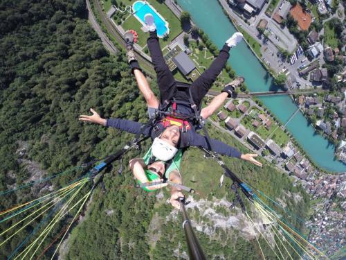 سويسرا أليكم تجربة شخصية فى السفر الى بلد الخيال